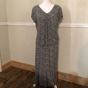 Two-piece Briggs New York Skirt Set